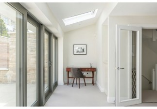 STUNNING BATH DEVELOPMENT FEATURES DORPLAN DOORSETS